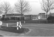 Sporthal en oude OBS R.A. Venhuisschool