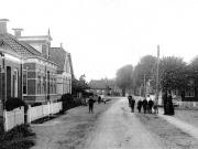 a-060015-stationsweg-bedum-1900