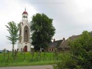 Rechts de pastorieboerderij Torenhoeve